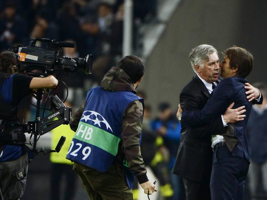 Abbraccio tra Conte e Ancelotti - Getty Images