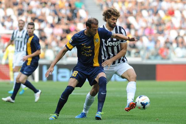 Vangelis Moras contro Llorente nel match d'andata (getty images)