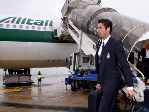 Gigi Buffon al suo arrivo a Milano (getty images)