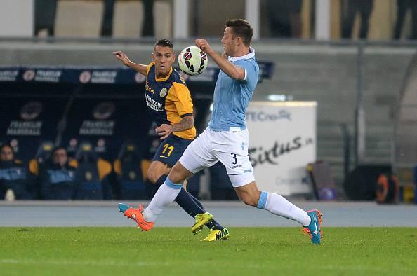 Jankovic in azione con De Vrij - Getty Images