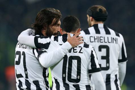 Pirlo e Tevez (getty images)