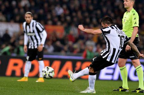 Il gol di Tevez (getty images)