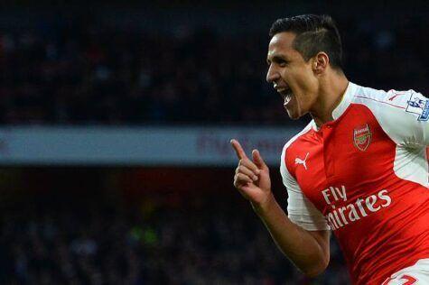 Premier, Sanchez di mano: l'Arsenal riparte. 10mila sedie vuote anti-Wenger