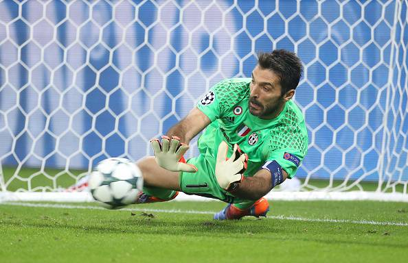 Gianluigi Buffon in azione ©Getty Images