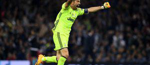 Buffon esulta con la Juventus © Getty Images