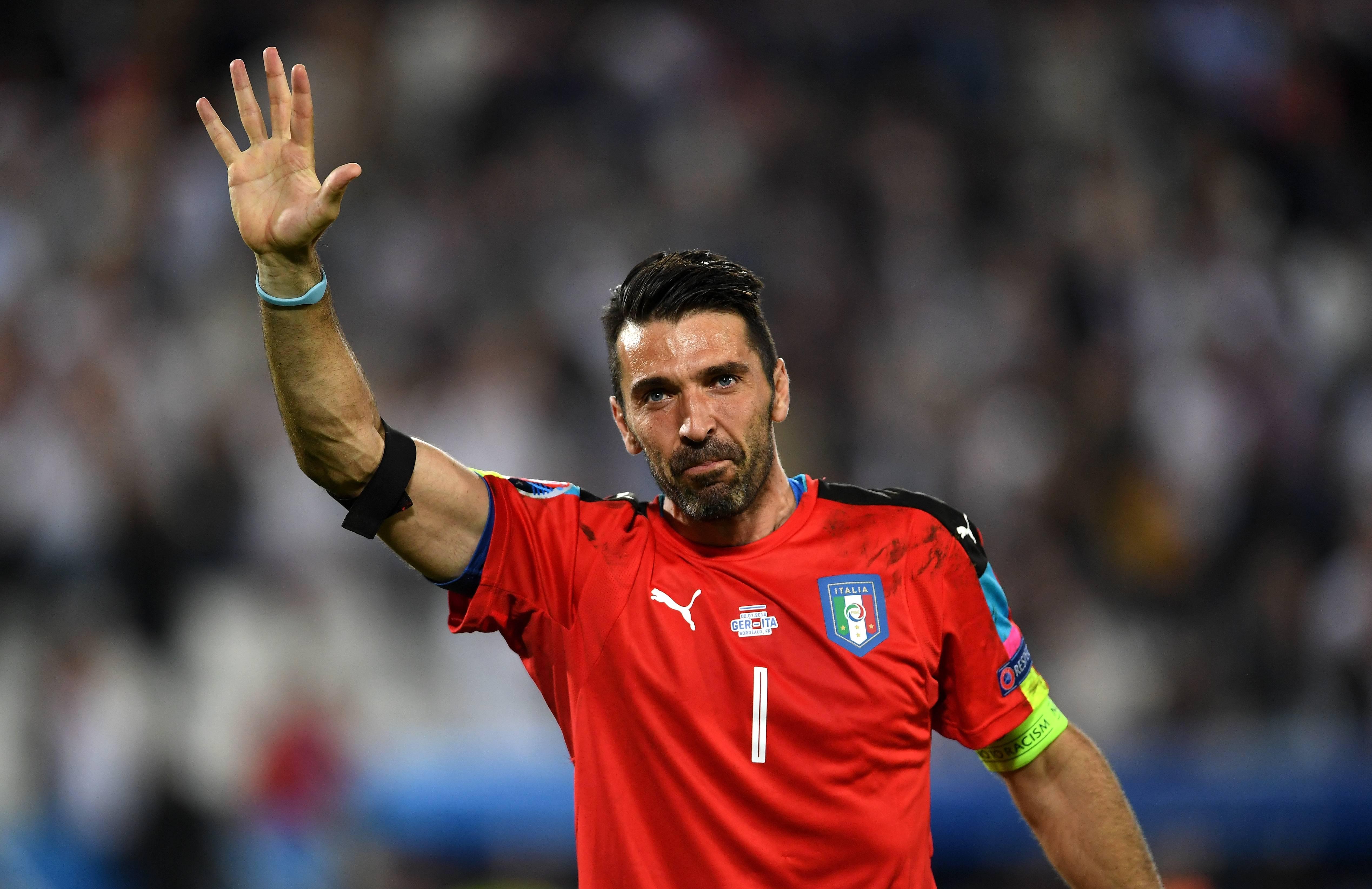 Estate 2018: quattro offerte per lo 'svincolato' Gigi Buffon, la situazione