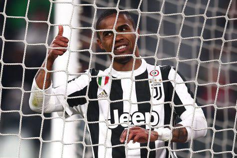 Douglas Costa che elogi a Felipe Anderson e alla Lazio!