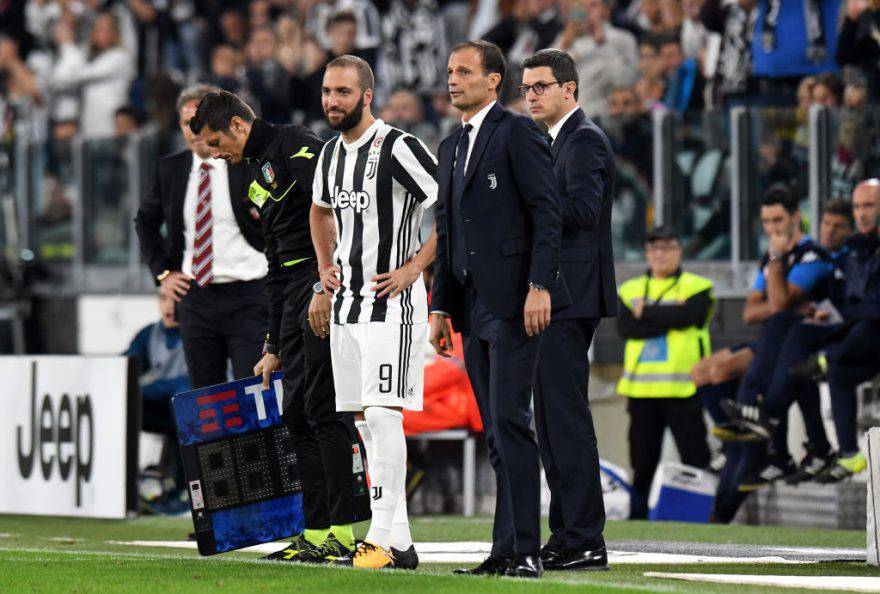 Juventus, ancora un infortunio: si ferma De Sciglio