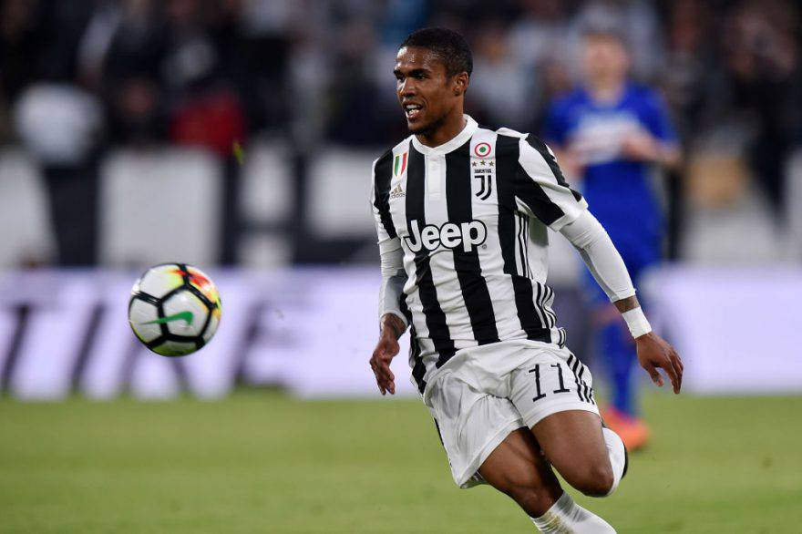 City su Douglas Costa
