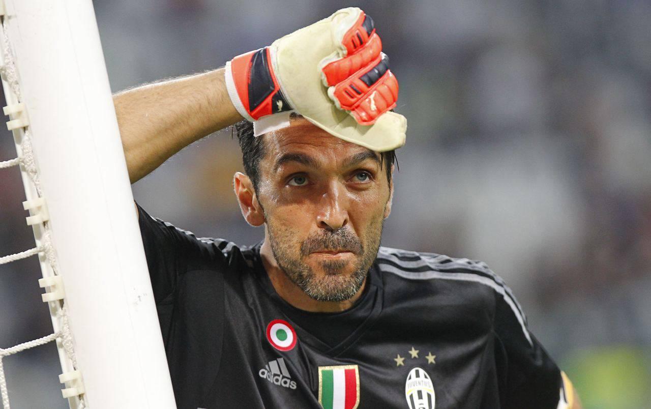 Ritiro Buffon portiere Juventus