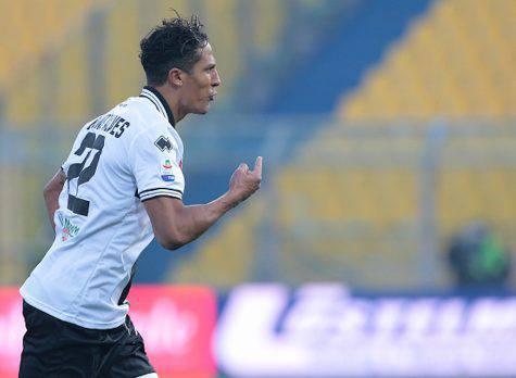 Juventus, Chiellini e Bonucci fuori: in arrivo Alves per la difesa?