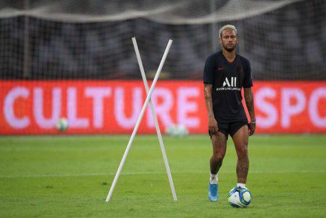 Psg, Leonardo: ''Neymar ha fatto degli errori, ma è un giocatore fantastico''