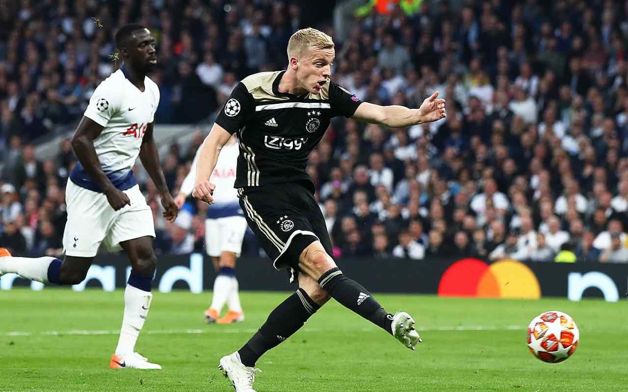 Van de Beek, talento dell'Ajax